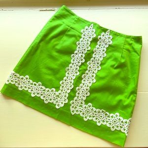 Lilly Pulitzer Green white lace detail mini skirt